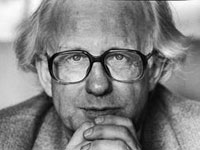 Johan Galtung on Middle East Uprisings and the Decline of American Empire