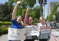 In Sacramento, Demonstrators Confront the War on Women