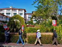 Boycott of La Playa Carmel Announced at Hotel Workers Rally