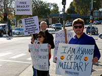 Bradley Manning Supporters Gather in Santa Cruz to Mark Soldier's 1000th Day in Prison