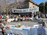 Hundreds Served at Santa Cruz Food Not Bombs Holiday Meal