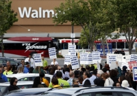 President Praises Walmart at Store in Mountain View, Protesters Cry Foul
