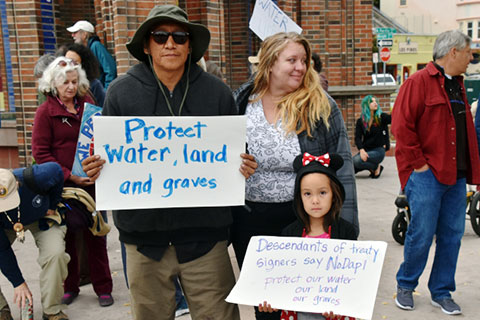 Santa Cruz Stands with Standing Rock