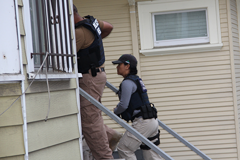 ICE Raids Home in West Oakland with Oakland Police Assist