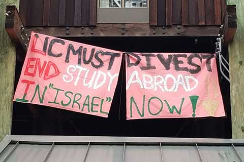 Banner Drop at UC Santa Cruz Calls for Divestment and Ending Study Abroad in Israel